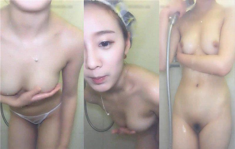 气质小美女萱宝宝密码房洗澡诱惑大秀编号04494