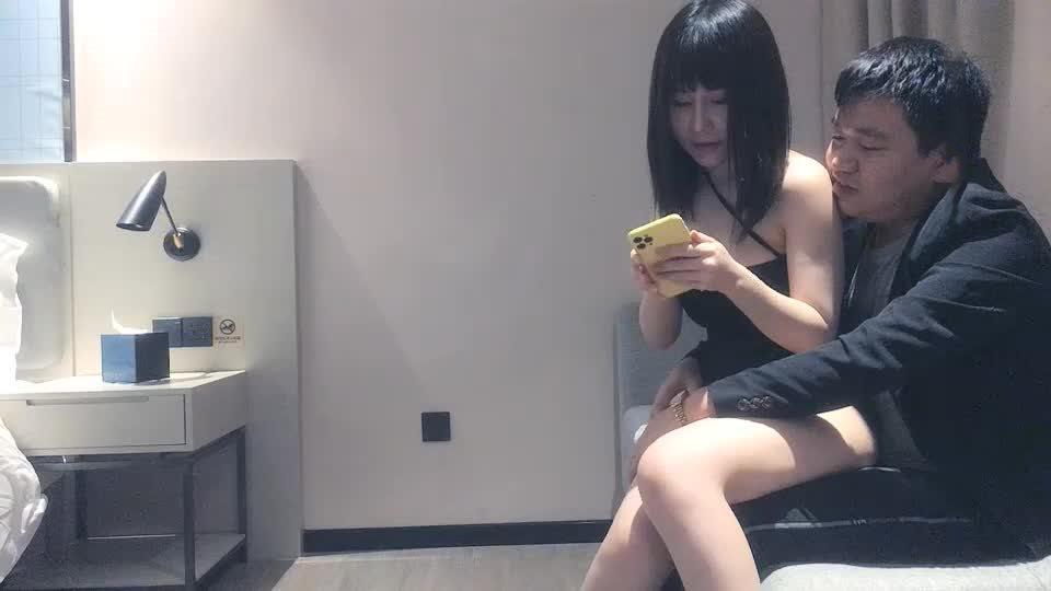 主播探花太子探花极品G杯女模特编号02822