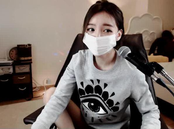 韩国主播李素婉040编号04573
