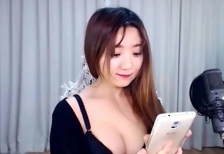 韩国主播dtdggw金珠铉017编号05824