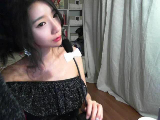 韩国主播早期艾琳011编号05868